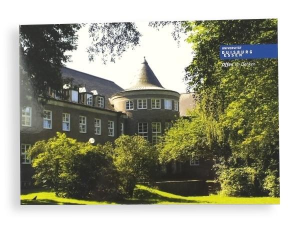 "Postkarte ""Gebäude LF im Grünen"""